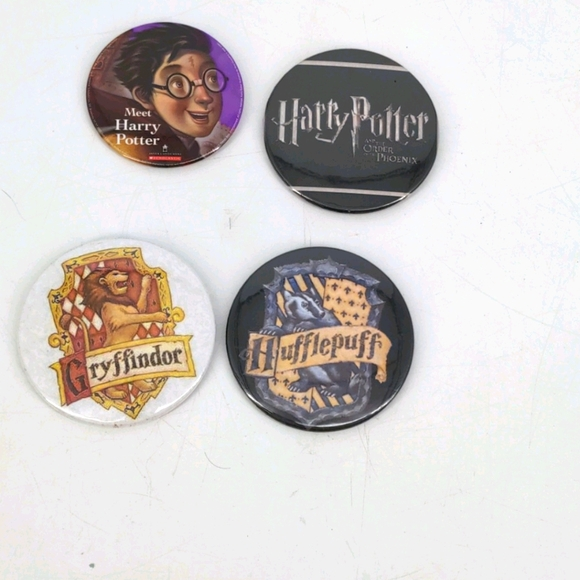 Lot of 4 Harry Potter Pins Gryffindor Hufflepuff